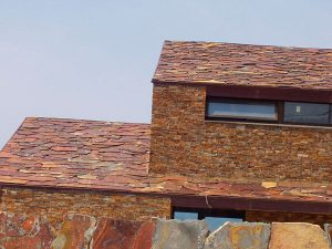 piedras-segovia-cubiertas-pizarras-filita-roja-granel-3