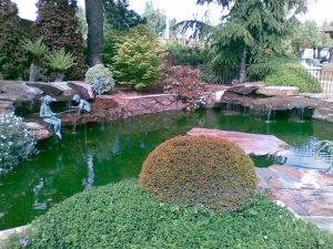 piedras-segovia-jardineria-monolitos-rojo-1