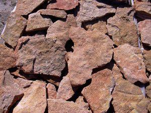 piedras-segovia-piedras-irregulares-caliza-amarilla-1