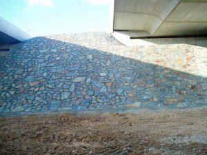 piedras-segovia-piedras-irregulares-filita-gris-cobriza-oxidada-1