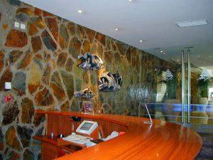 piedras-segovia-piedras-irregulares-filita-roja-2