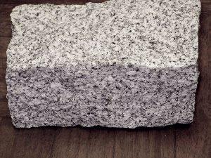 piedras-segovia-jardineria-bordillos-granito-1