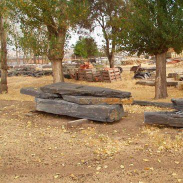 Piedras Segovia - Jardinería - Monolitos: Gris - negra